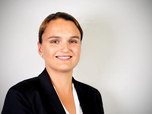 Anja Holzmann